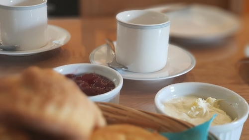 welcome Cornish cream tea at Badgers Sett holiday cottages