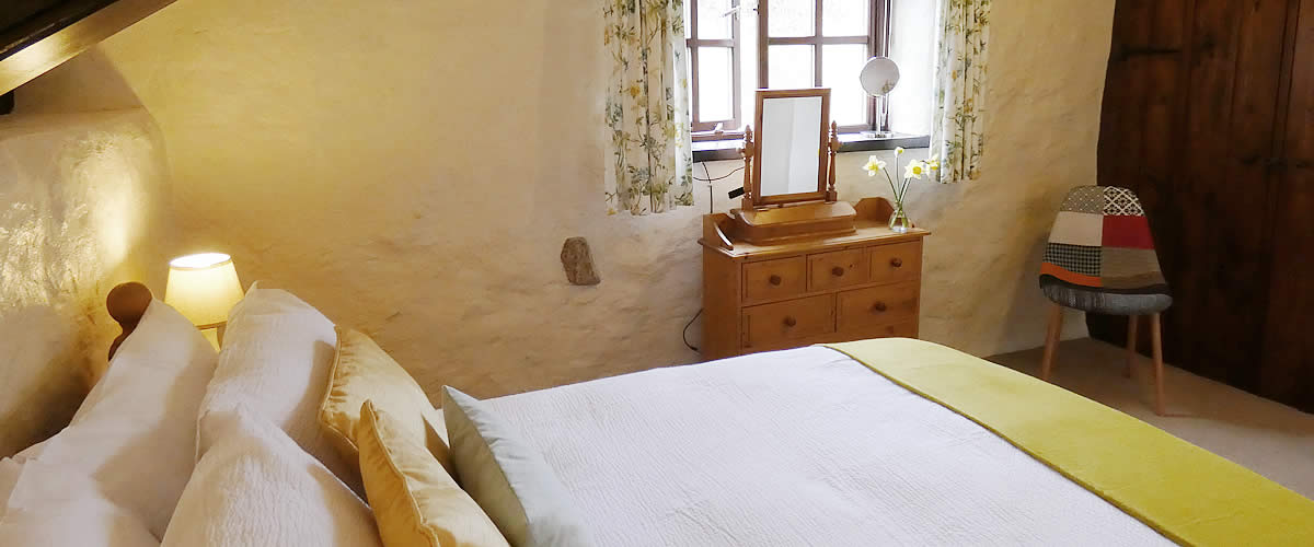 Thyme Holiday Cottage Sleeps 4 near Looe and Liskeard